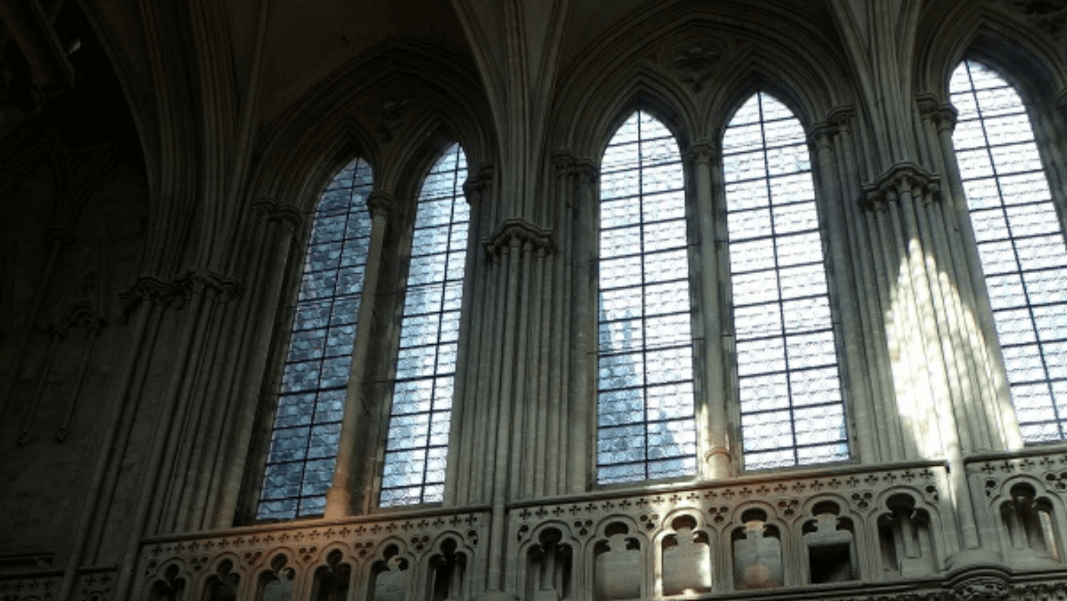 bayeux-cathedral-tour