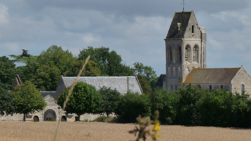 guided-tour-village-normandy
